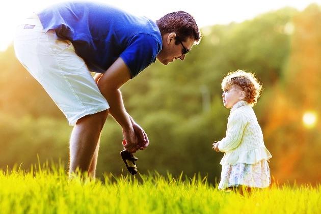 poză educaţia părinţilor: Copilul ascultă mult mai uşor de părintele care îl ascultă