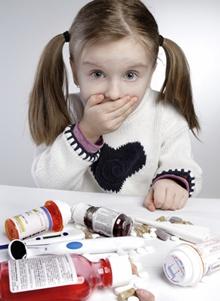 copil care refuza antibiotice
