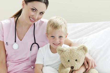 copil la medic