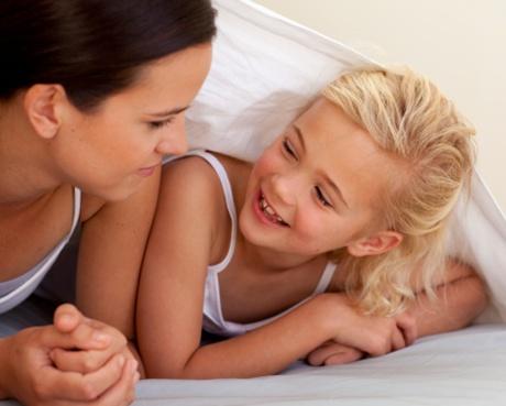 discutie intre mama si fiica