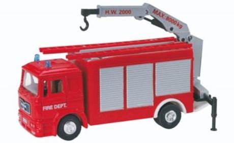 poza cu masina de pompieri de jucarie