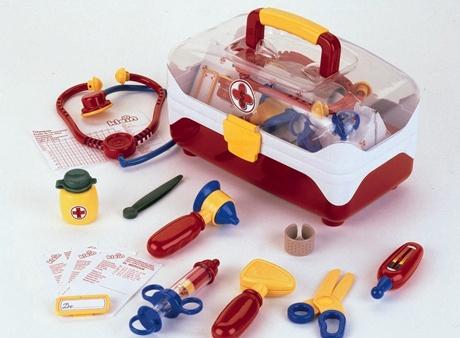 poza cu trusa medicala pentru copii