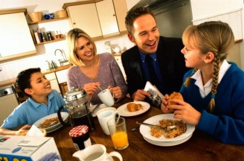 Micul dejun in familie