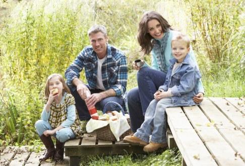 Familie la picnic
