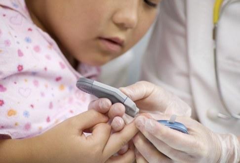 Masurarea glicemiei unui copil