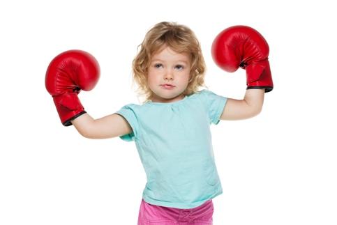 copil agresiv